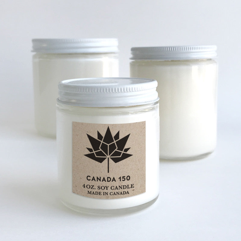 Canada 150 candle with metal lid clear label