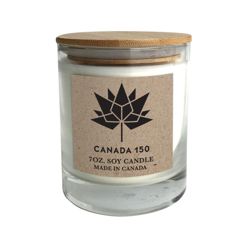 Canada 150 candle with bamboo lid
