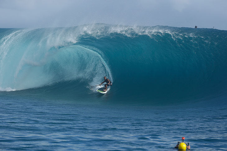 Mamala big wave surfing