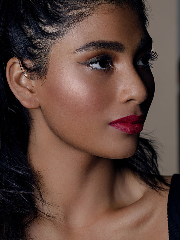 How To Use Velvet Lips Bewitched Mulberry