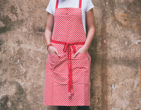 Checkered Red Apron with Eyelets and Adjustable Straps - chopcookdine