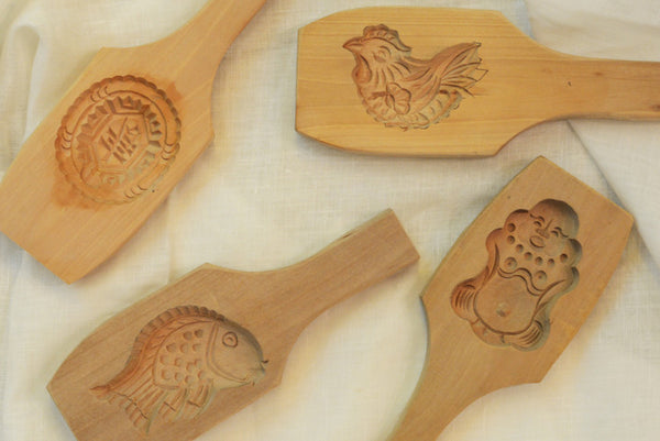 Traditional Wooden Mooncake Mold - chopcookdine