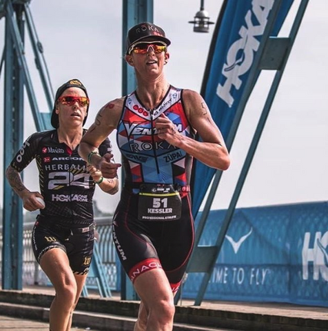Heather Jackson chasing Meredith Kessler at the 2018 Chattanooga 70.3 race