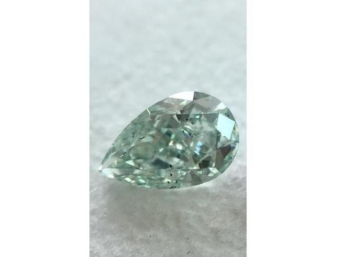 Pear 0.44 Carat Fancy Green SI2-ColorDiamondsNet