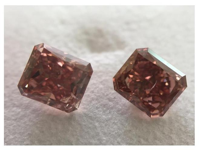 Radiant 2.13cttw. Fancy Deep Orangey Pink (Pair) SI2-ColorDiamondsNet