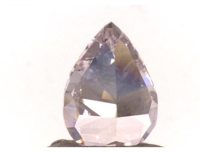 Pear Shape, 1.01 Carat, Light Pink, Si2. Natural Loose Diamond. Color-Diamonds.Net