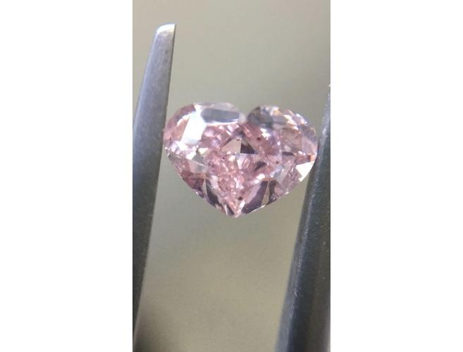 Heart, 0.50 Carat, Fancy Intense Pink, I1. Diamond Ring