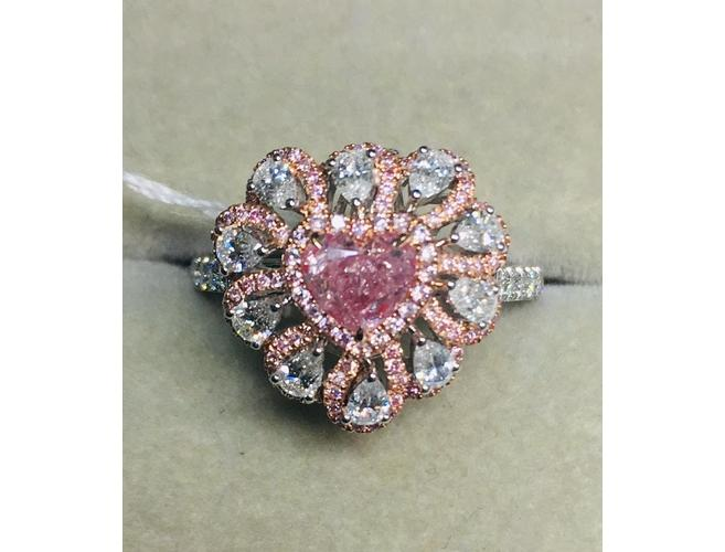 Heart, 0.60 Carat, Natural Fancy Purplish Pink Diamond Ring.