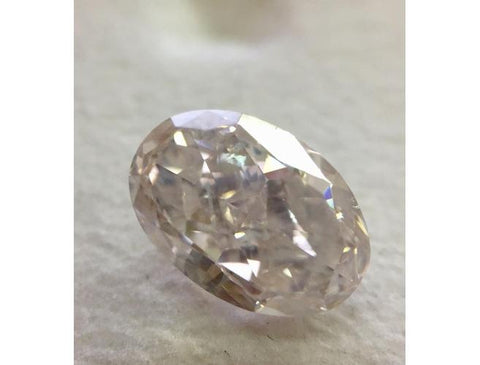 Oval, 1.80 Carat, Very Light Pink, I1. Natural Loose Fancy Color Diamond.