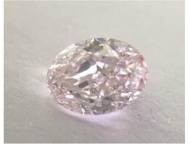 Oval 0.40ct. Fancy Light Pink VS1-ColorDiamondsNet