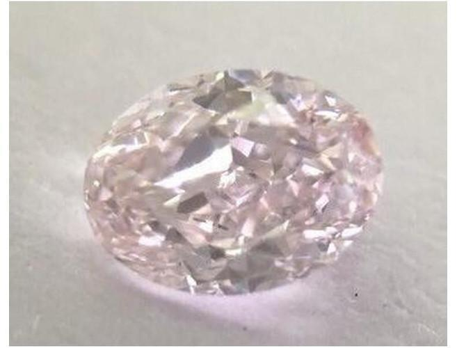 Oval 0.40 Carat Fancy Light Pink VS1-ColorDiamondsNet