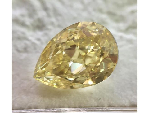 Pear, 3.01 carat, Fancy Brownish Yellow, VS2. Natural Colored Diamond - DahanCollection.Com