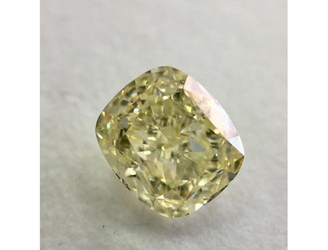 Cushion, 1.70 Carat, Fancy Light Yellow, VS1. Loose Diamond.