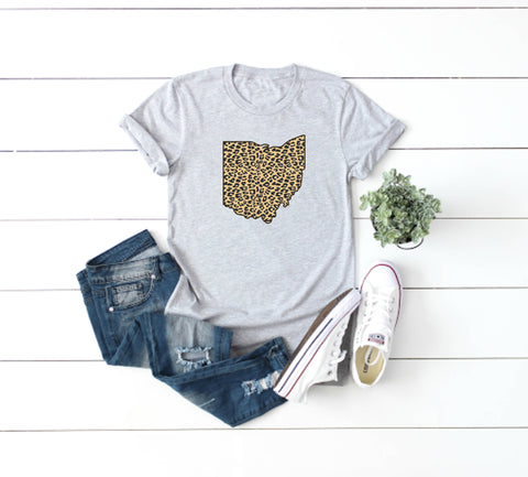Retro Cleveland Lady V-Neck Tee