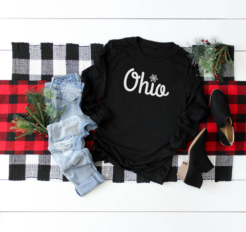 Retro Ohio Pocket Print Lady V-Neck Tee