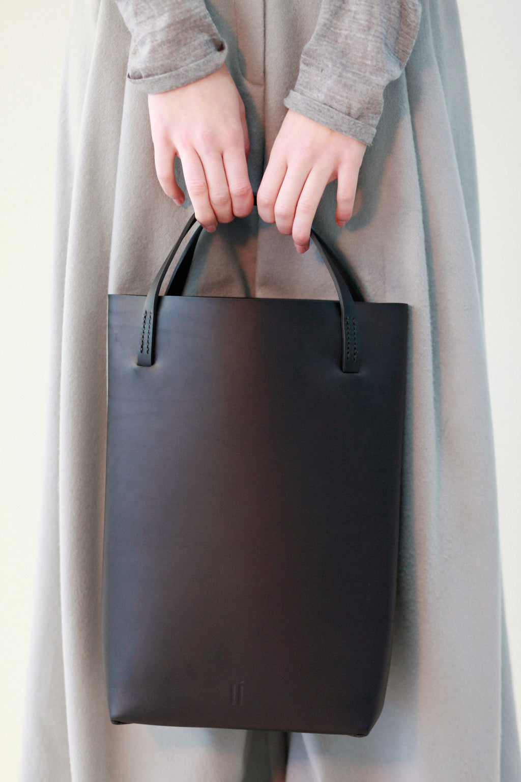 CELLER TOTE BLACK
