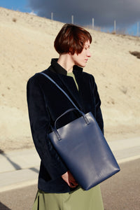 CELLER TOTE NAVY