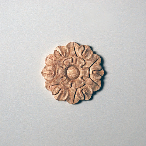 18th-Century-Style Medium Rosette