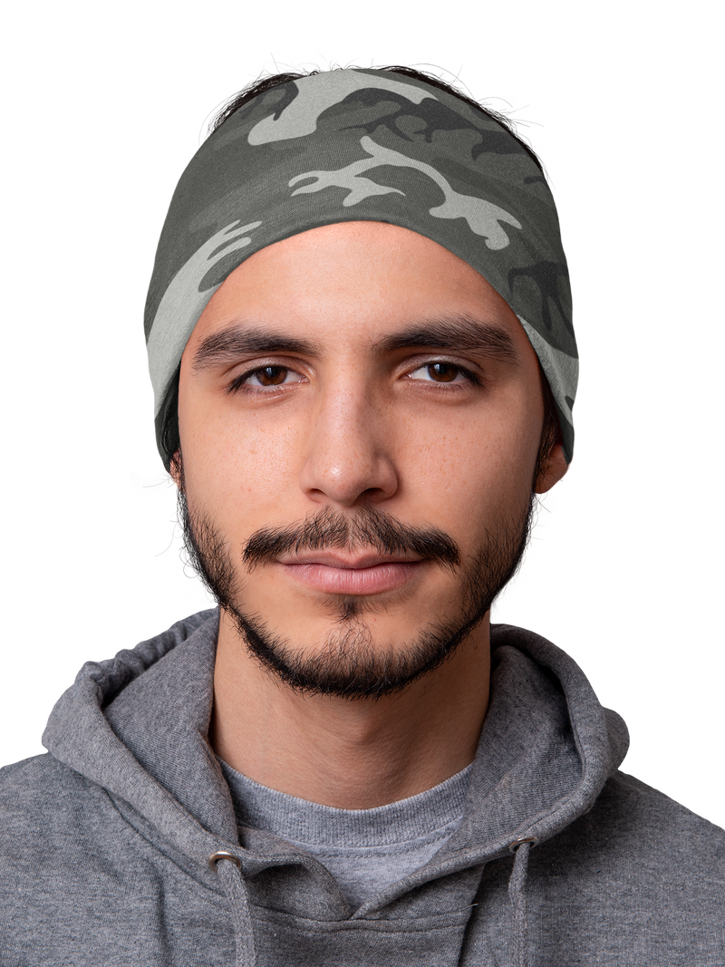 products/mockup-of-a-man-wearing-a-tubular-bandana-over-his-head-36070.png