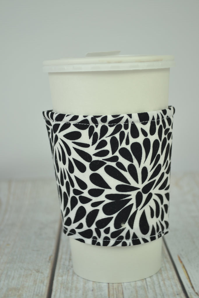 READY MADE Coffee Cozy - black and white swirls