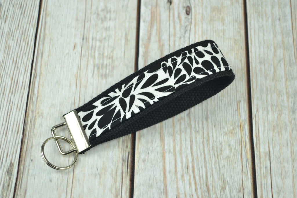 READY MADE Key Fob - Black and White Swirl
