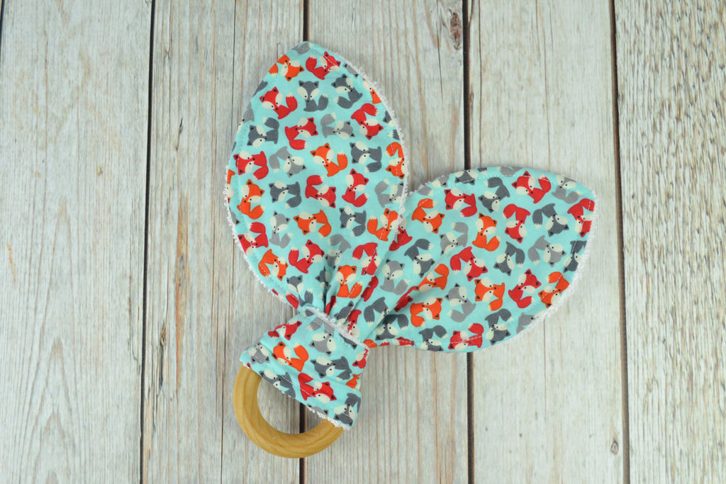 READY MADE Teething Ring - Tiny foxes