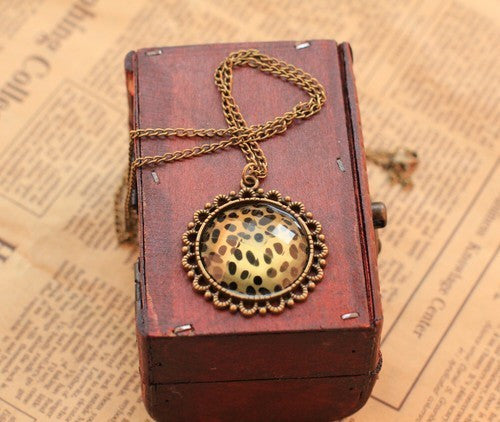 Hot Fashion high quality Vintage bronze Leopard Pendant necklace Statement jewelry for women
