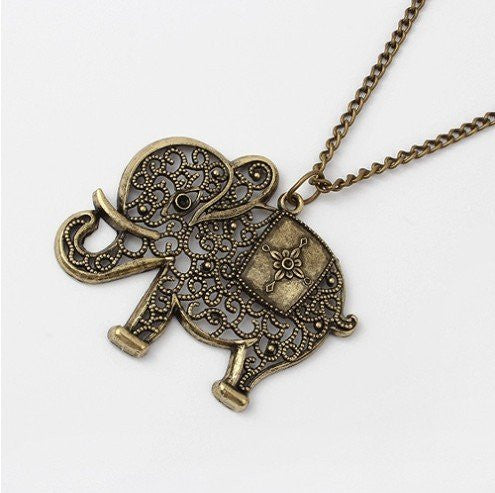 Fashion vintage elephant necklace Vintage necklaces Jewelry for women