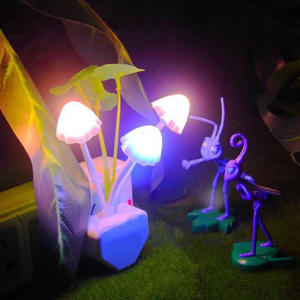 Colorful Romantic LED Mushroom Night Light DreamBed Lamp Home Decoration