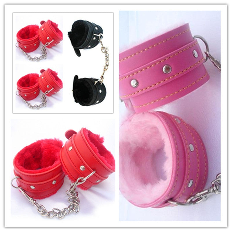 1Pair Comfy Sexy Toy Plush Handcuffs PU Leather Handcuffs Bondage Toys Adult Sex Products Sex Flirt Toy Tools