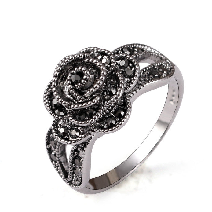 Brand 18K White Gold Plated Vintage Retro Style Crystal Rhinestone Black Flower Finger Ring For Women