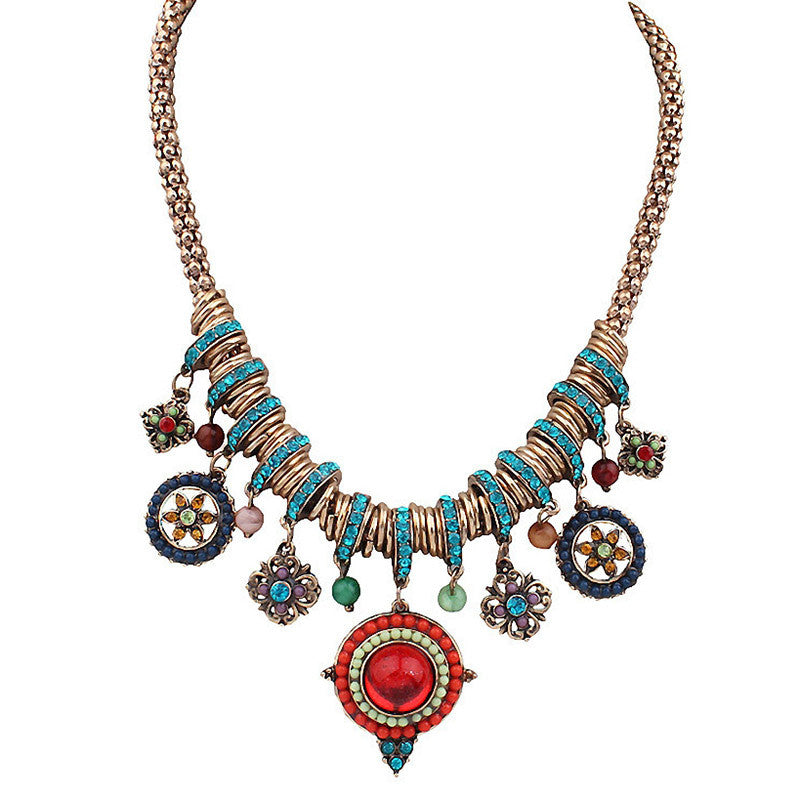 Colorful Rhinestone Necklaces & Pendants Classic Statement Necklace Women Vintage Collares Ethnic Jewelry for Personalized Gifts