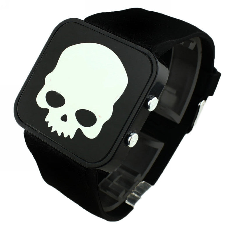 New Sports Watches LED Watch Digital Watch Fashion Quartz Men Wristwatches Backlight Skull Watches