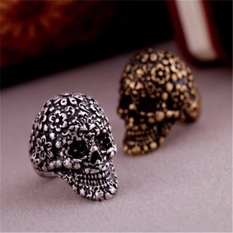 European And American Top Popular Alloy Vintage Retro Palace Carved Skull Ring Jewelry