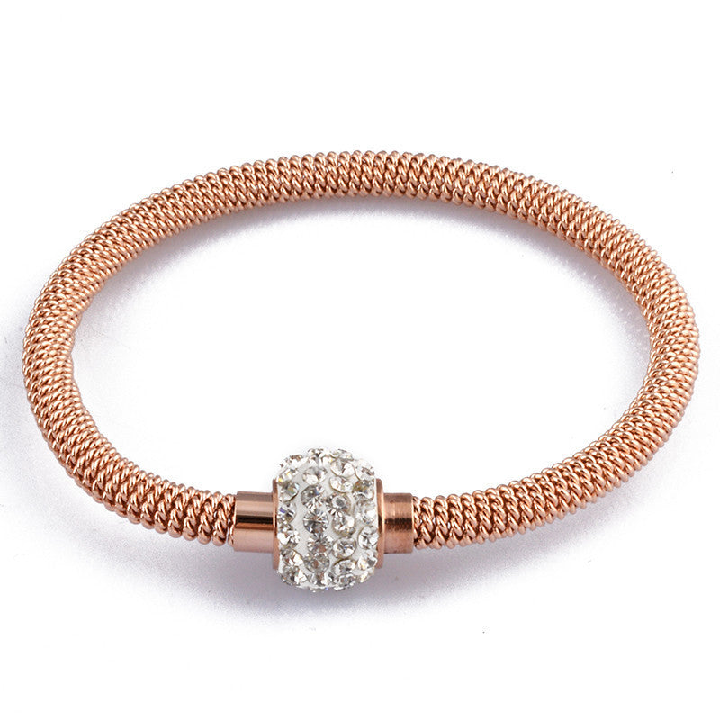 High Quality Charm Chic Valentine Gift Jewelry Stainless Steel Gold Women Distort Bracelets & Bangles