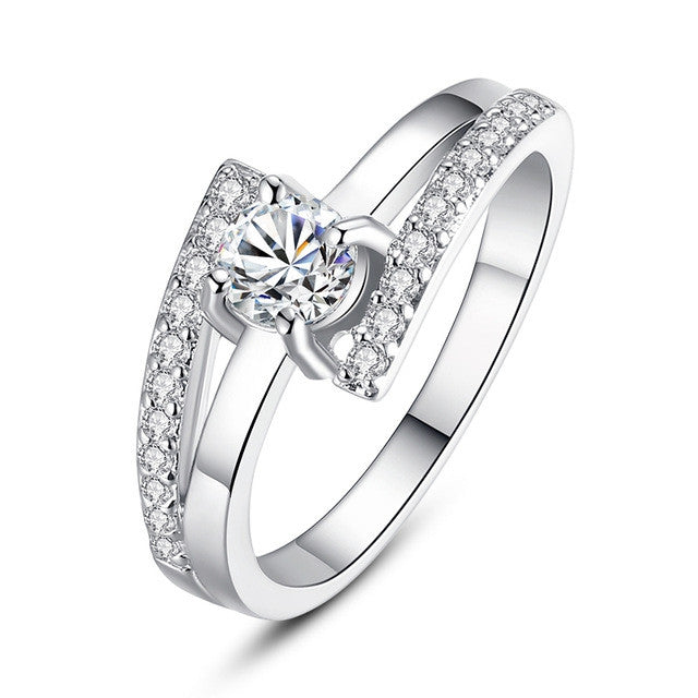 Fashion 18K White Gold Plated Wedding Ring for Women Prong Setting with Paved Micro AAA Cubic Zircon Jewelry