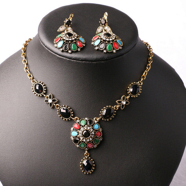 Fashion New Bohemia Necklace Earrings Jewelry Sets For Women Vintage Black Stone Filled Crystal Necklace Earrings