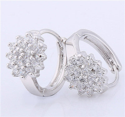 New Small Earings for Women 18K Gold Platinum Plated Hoop Earrings Flowers White Crystal Zirconia CZ Earing Jewelry