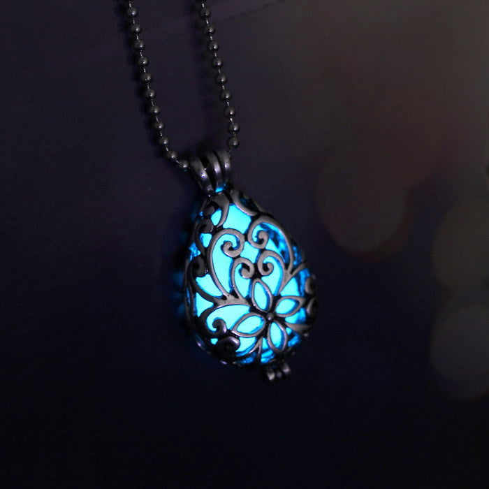 Glowing Luminous Vintage Necklaces Steampunk Pretty Magic Waterdrop Locket Glow In The Dark Pendant Necklace Gift