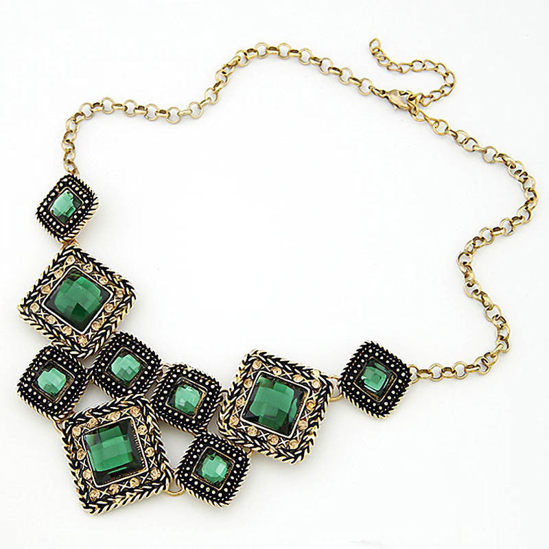 Green Gem Square Vintage Statement Necklace Women Retro Rhinestone Necklace & Pendants Summer Style Jewelry colar For Gift Party