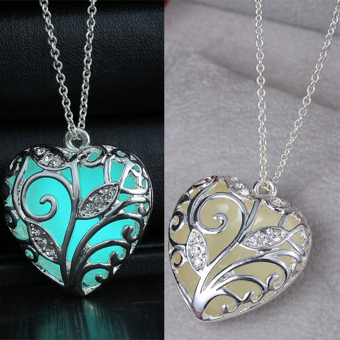 Heart necklace Pendants Glow in the Dark Gifts fashion Glowing Necklace for women Jewelry