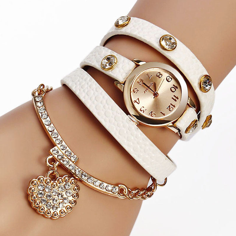 Hot Sale New Casual Luxury Heart Pendant Women Bracelet Wristwatches Women Dress Watches Fashion Watch Brand Watch