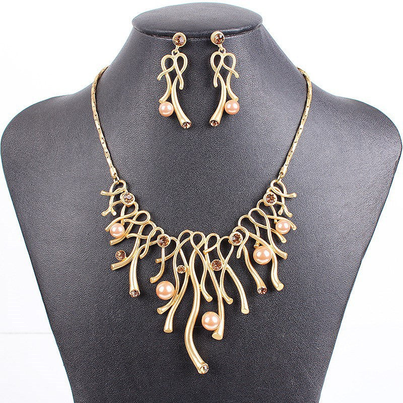 Hot Sale Brand Jewelry Sets Fashion Design Bridal Jewelry Woman's Necklace Set High Quality Gold Necklace Party Gifts