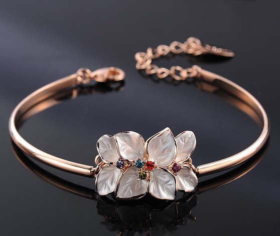 Italina Rigant Classic Flower Bracelet Rose Gold Plated With Genuine Austrian Crystal Mother's Day Gift