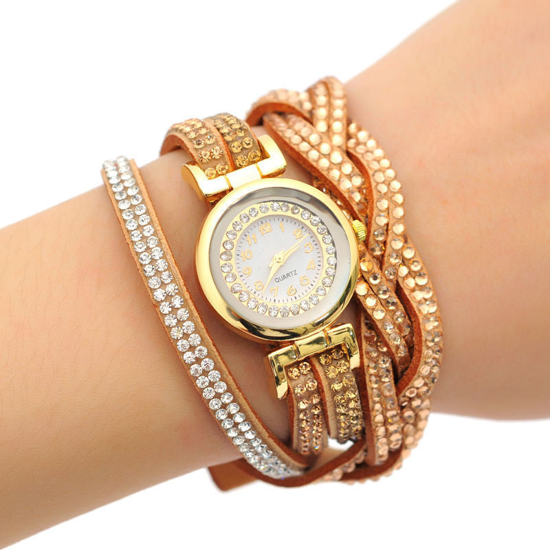 New Arrive Luxury Rhinestone Bracelet Women Watch Ladies Quartz Watch Women Wristwatch