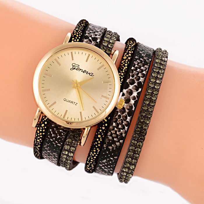 New Fashion Snake Grain Bracelet Women Watch Women Wristwatch Ladies Quartz Watch