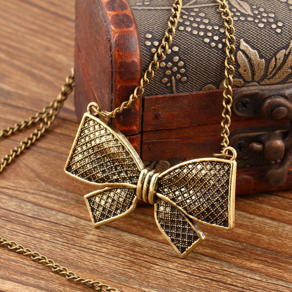 New Arrival Fashion Vintage punk Metal Bow Pendant Necklace Flower long Chain Necklace Statement jewelry for women