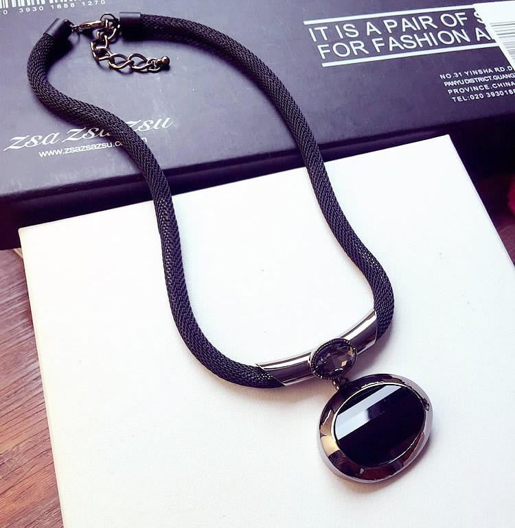 New Arrival Women Pendant Necklaces All-match Elegant Black Beaded Necklace Exaggerated Clavicle Chain Accessories