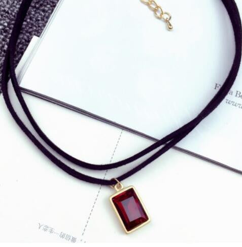 New Fashion Multilayer Black Imitation Leather Choker Necklace Gothic Chain Charm Gem Pendant Vintage Jewelry