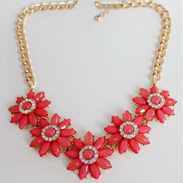 Resin Chrysanthemum Statement Necklace Women Chain Necklaces & Pendants Summer Style Punk Jewelry For Gift Party
